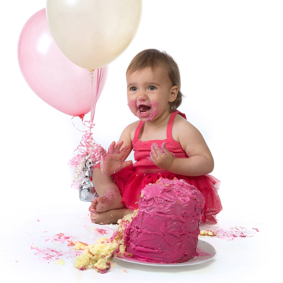 Cake smash and first birthday photography in the Geelong area