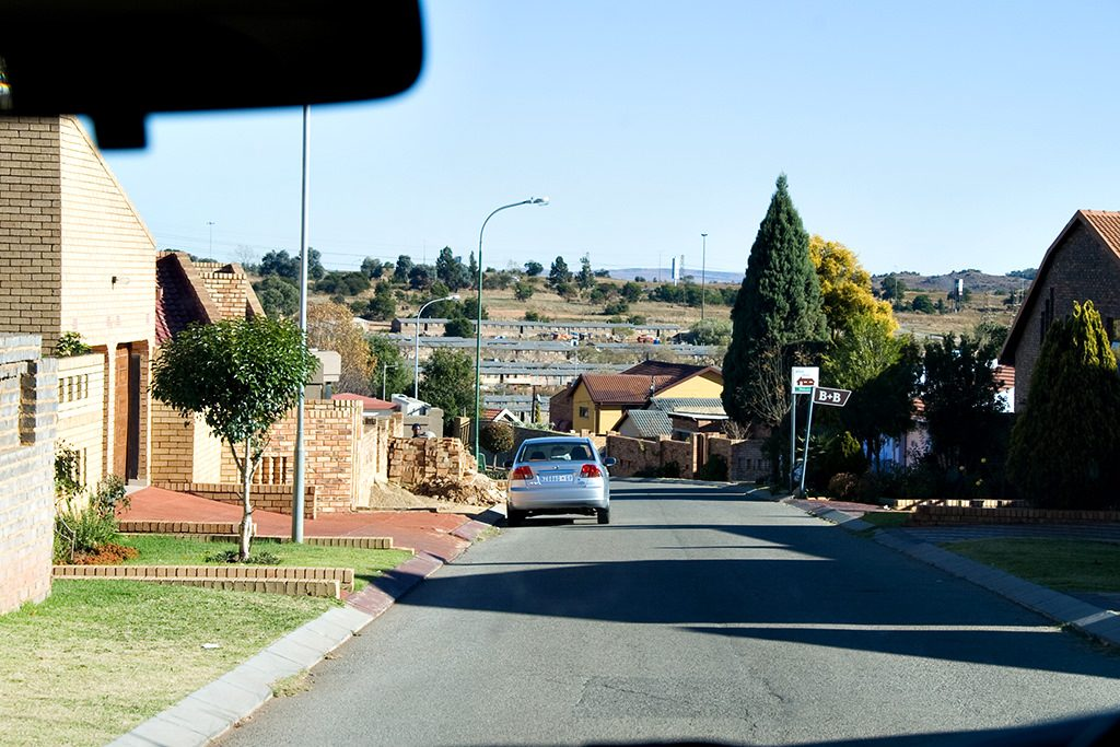 Looking from Millionaires homes to slums in soweto
